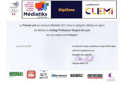 Premier Prix Pour Le Journal Du College College Professeur Marcel Dargent